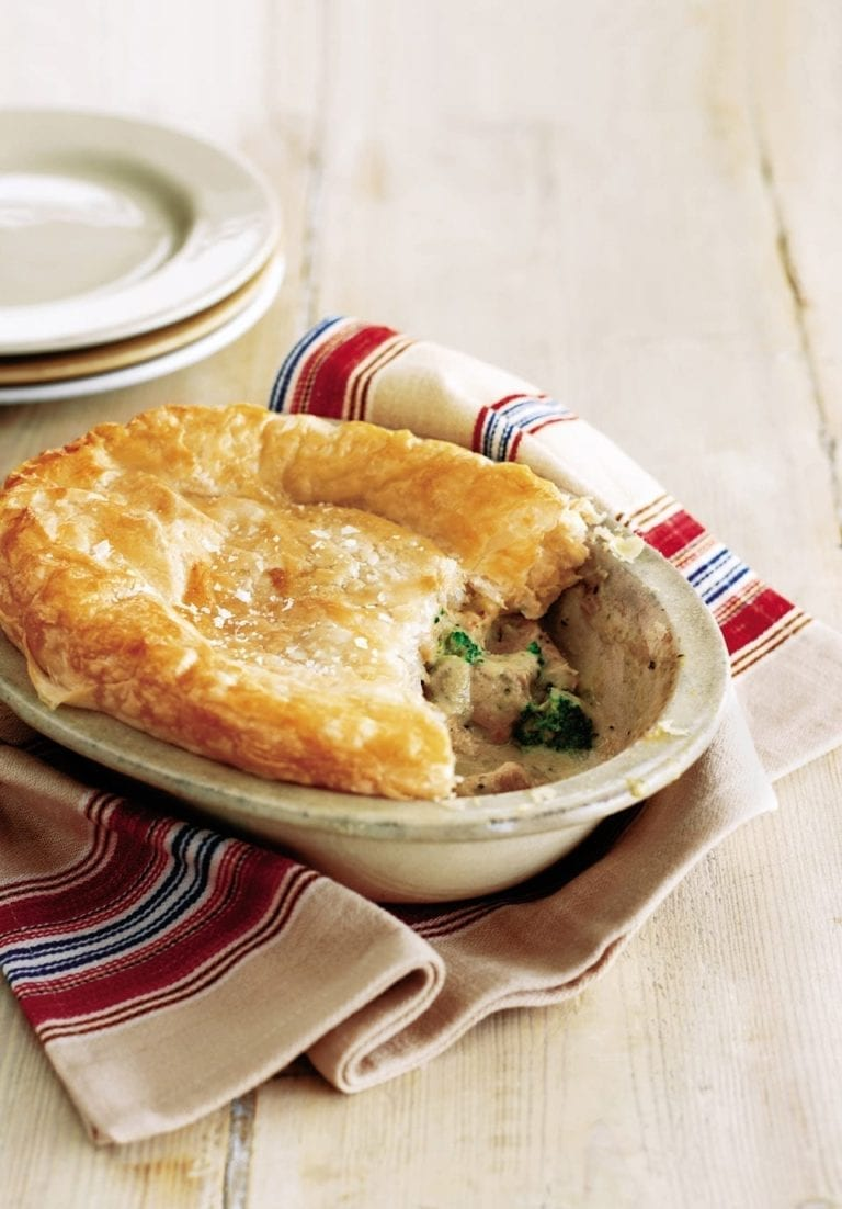 Turkey and Stilton pie