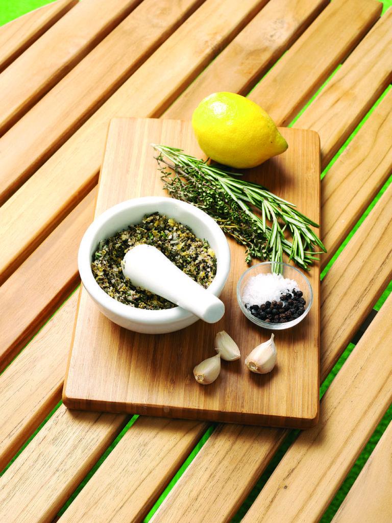Lemon and herb rub