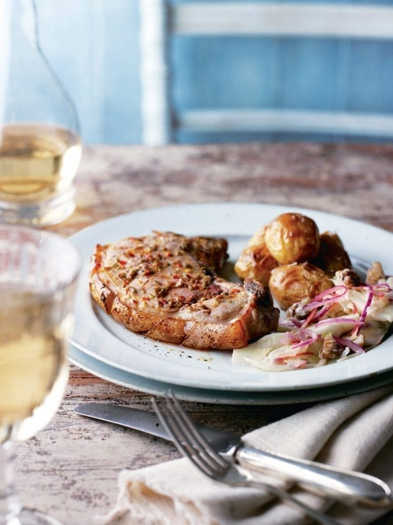 Pork chops with fennel and apple slaw