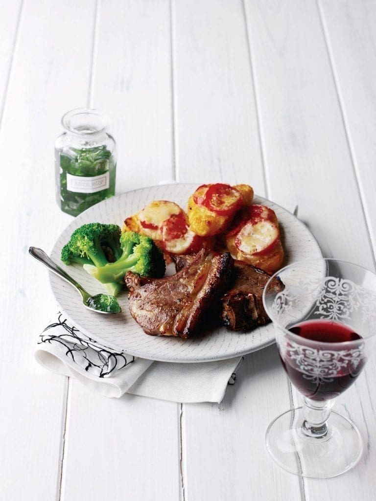 Minted lamb chops with hash browns
