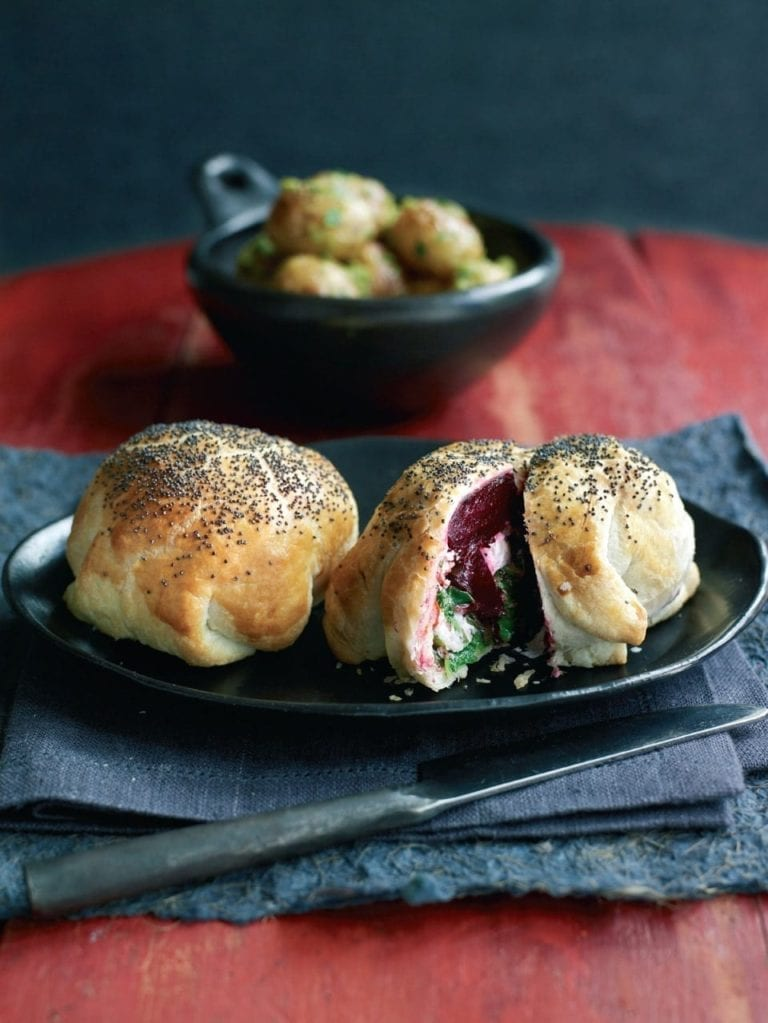 Beetroot and goat's cheese parcels