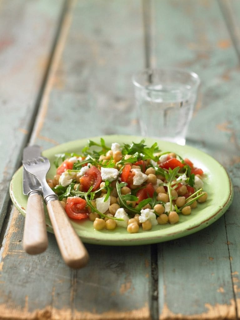 Chickpea, goat's cheese and rocket salad