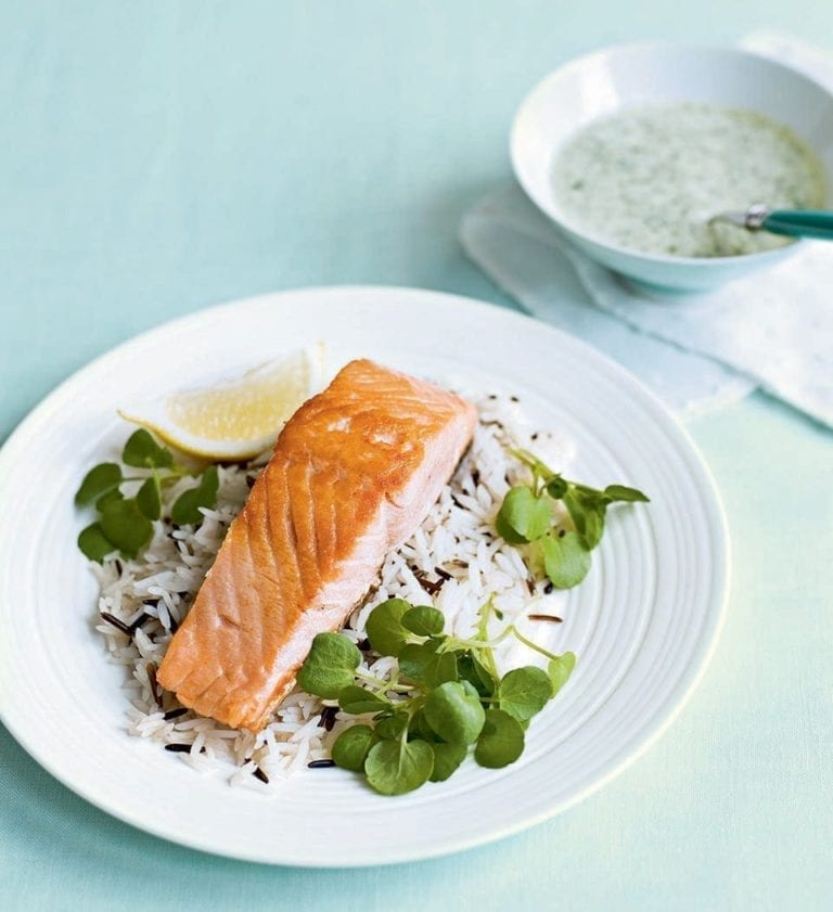 Quick salmon with watercress sauce