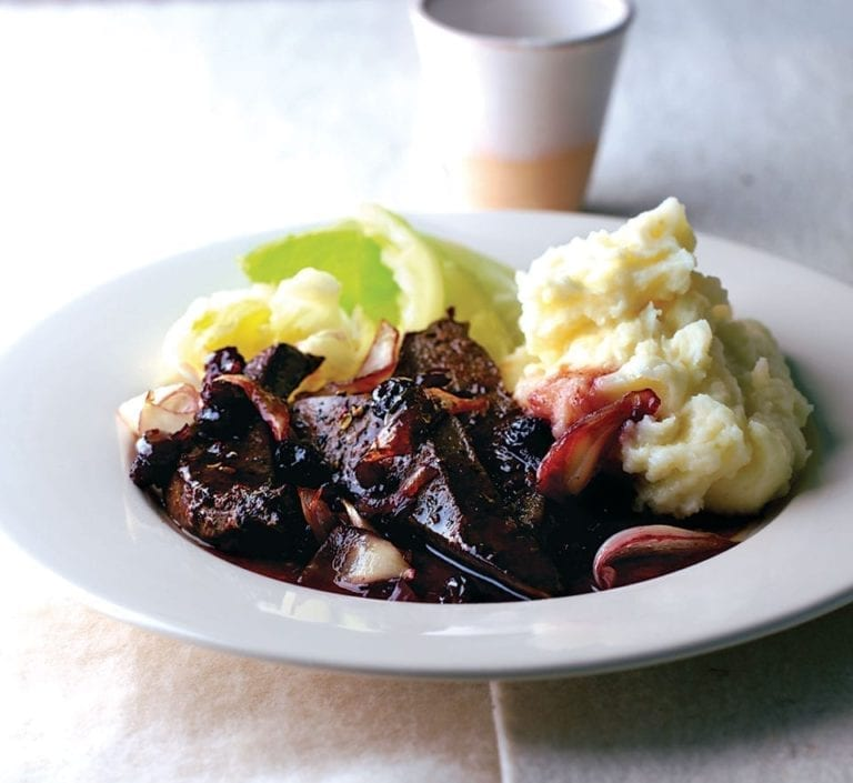 Lambs' liver with sticky onions, port and raisins