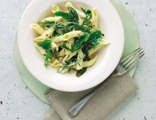 Pasta with wild leaves and ricotta