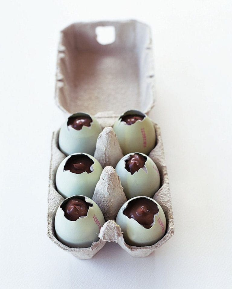 Chocolate custard eggs
