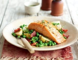 Warm salmon salad with potatoes, bacon and tarragon vinaigrette