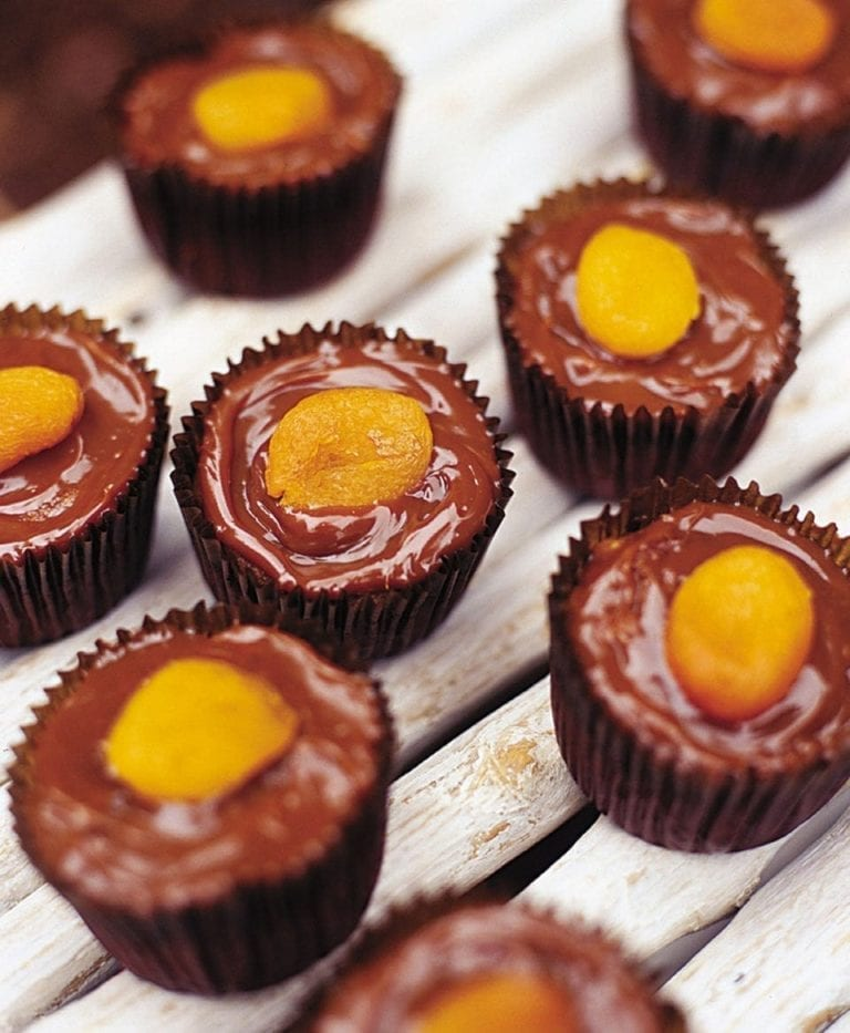 Sticky toffee pumpkin cupcakes