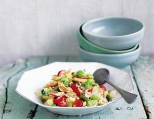 Rice salad for picnics