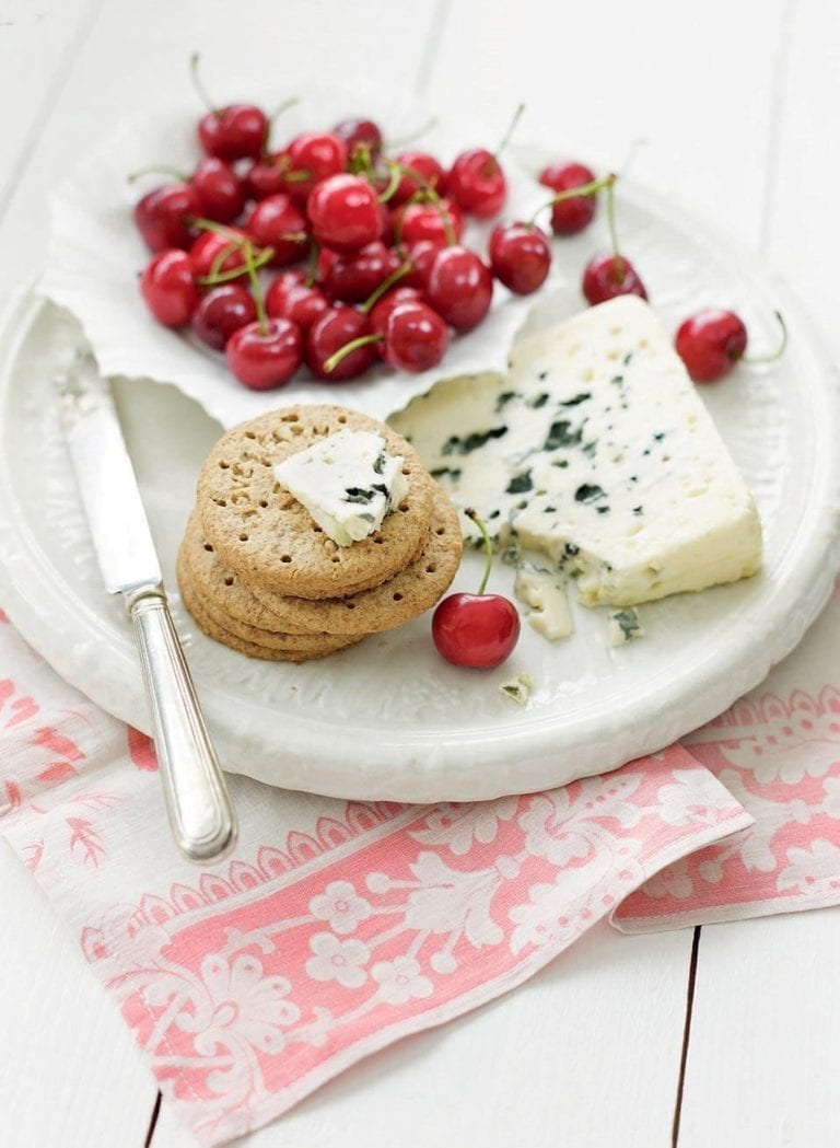 Cherries with blue cheese