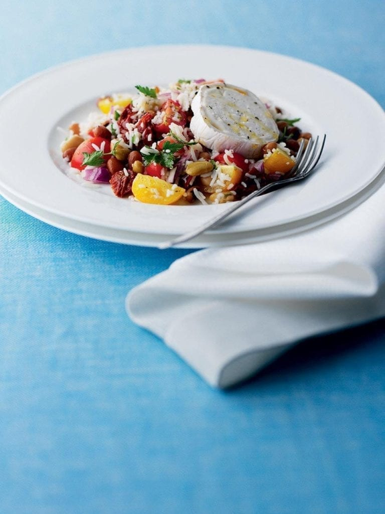 Bean and rice salad with goat's cheese