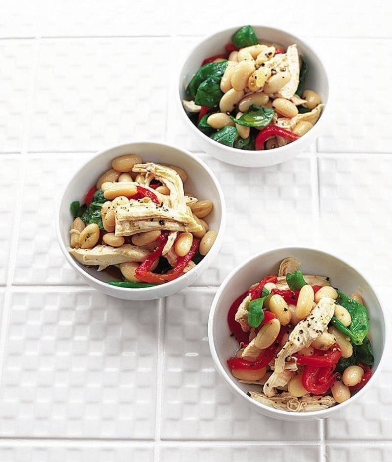 Lemon chicken with beans and basil
