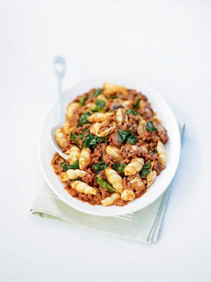 Beef, spinach and mozzarella ragù