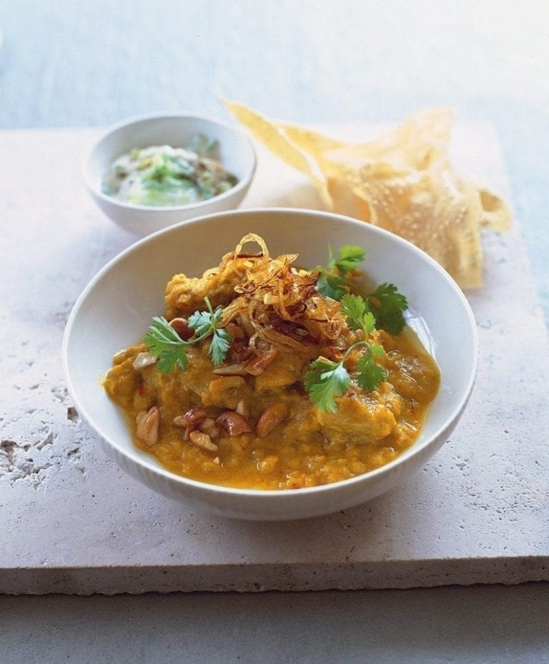 Methi chicken with lentils and coriander