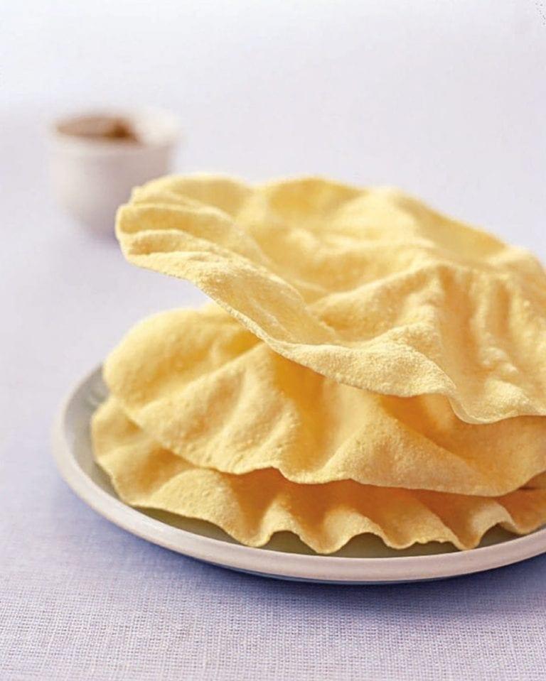 Microwaved crispy poppadums