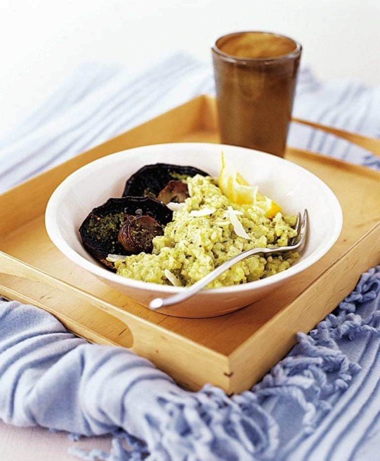 Pesto and lemon risotto with grilled mushrooms
