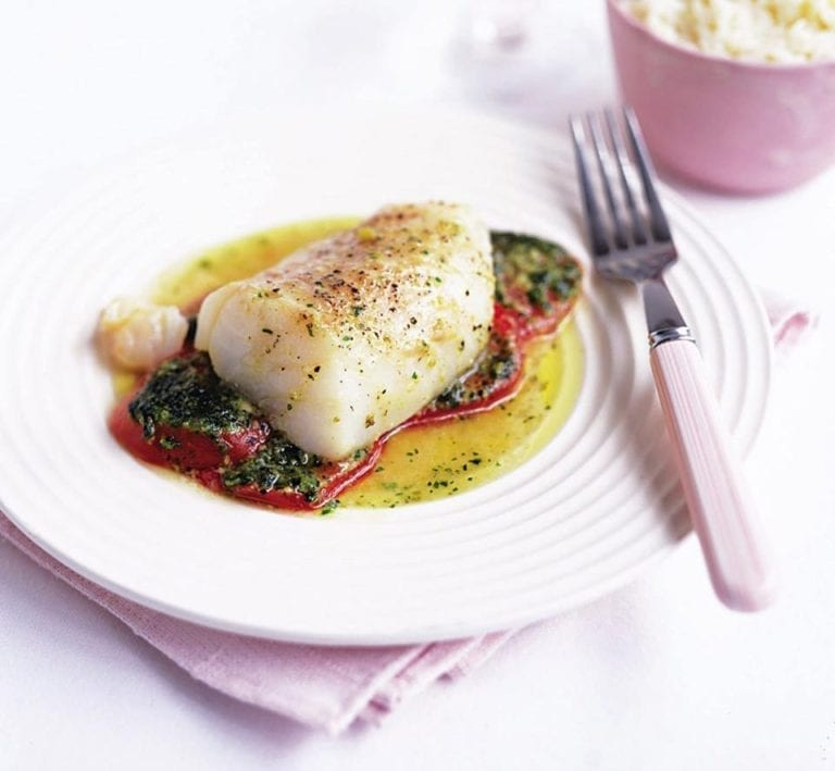 Cod parcels with tomatoes and pesto
