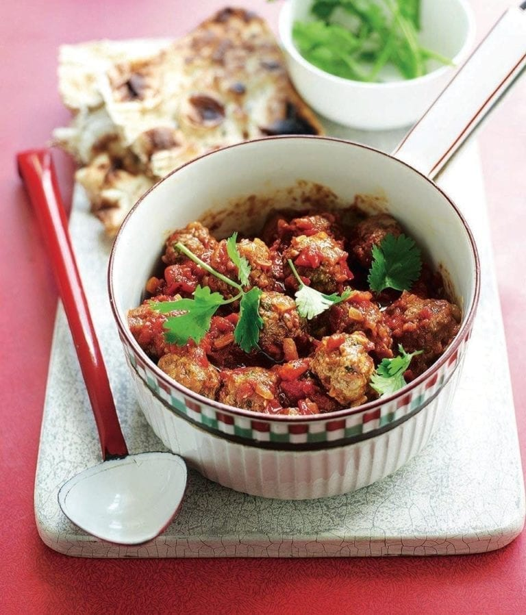 Spiced meatball curry