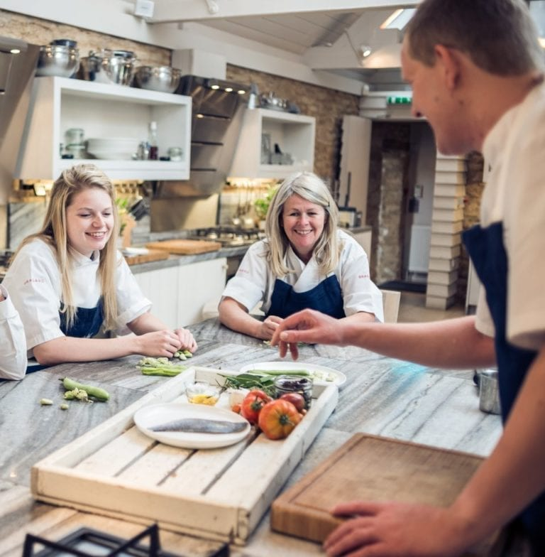 How to find the best cookery schools in the UK