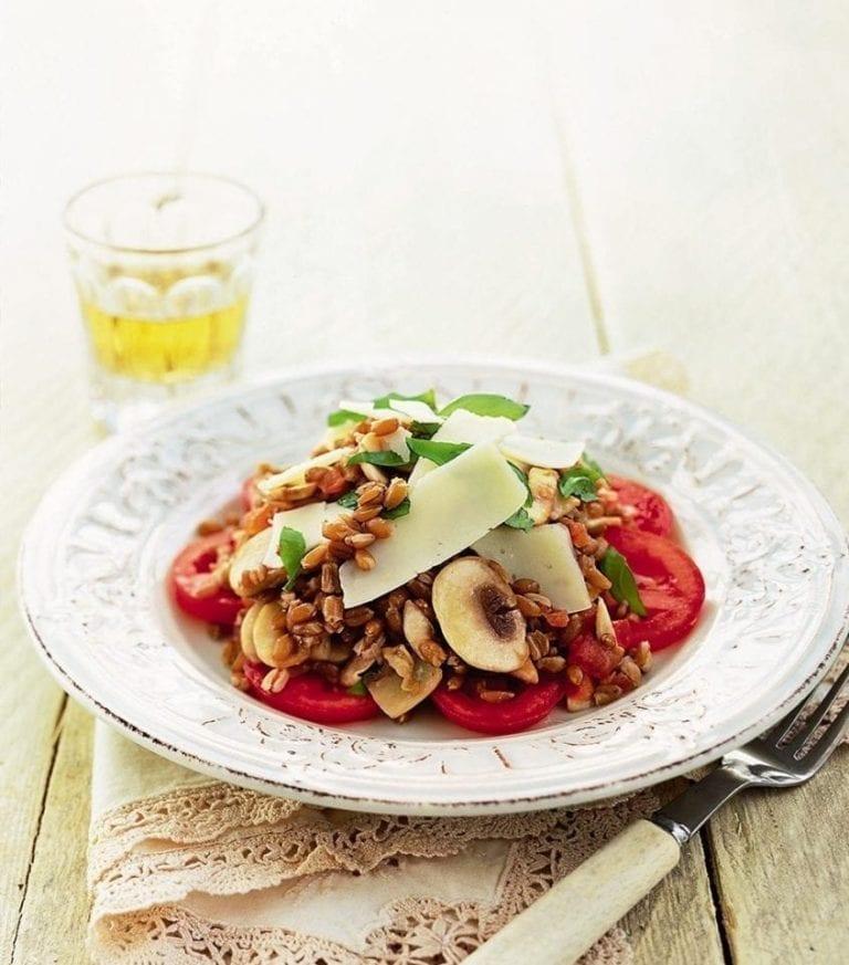 Farro, mushrooms and tomatoes