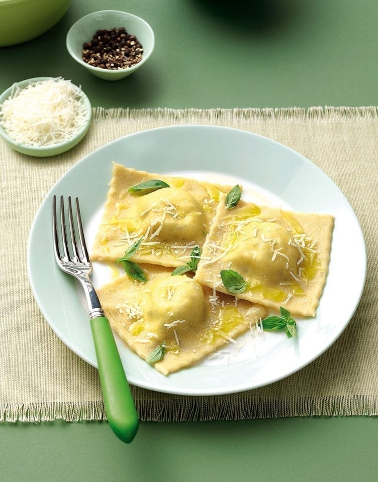 Ricotta and basil ravioli