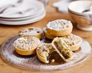 How to make frangipane mince pies