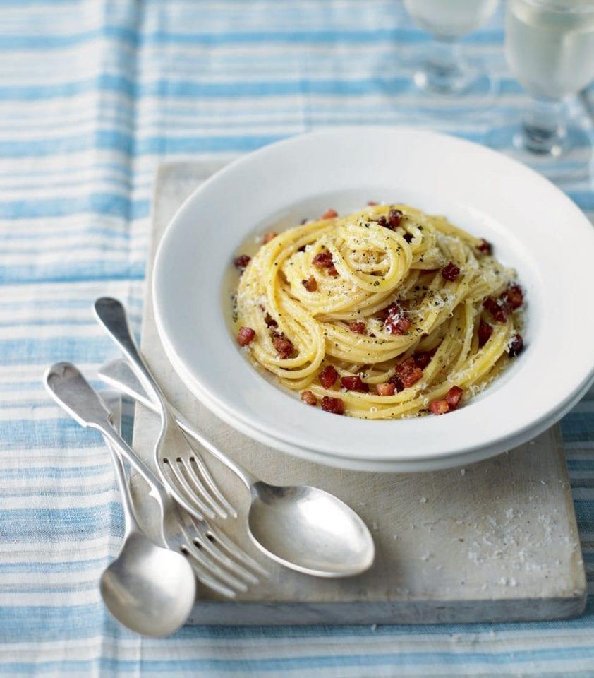 Spaghetti carbonara video recipe | delicious. magazine