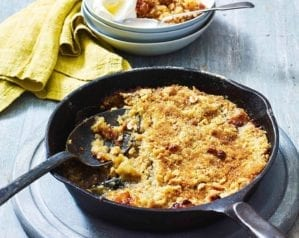 Toffee apple pan crumble recipe