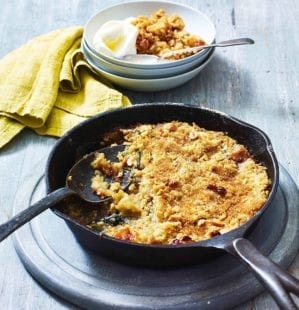 Toffee apple pan crumble recipe