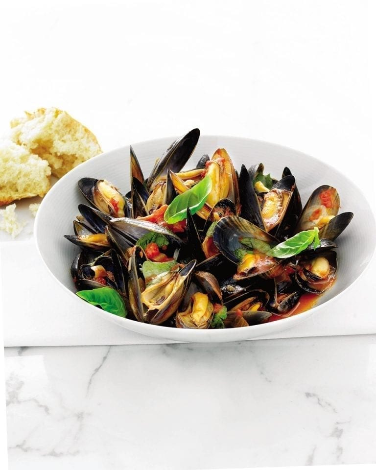 Quick mussels with wine and basil tomatoes