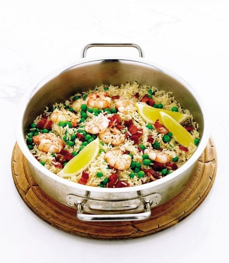 Quick prawn, pea and bacon rice