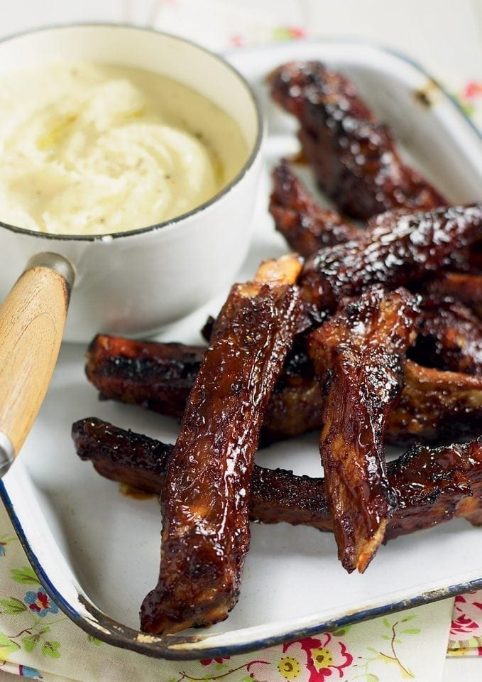Cheat's sticky ribs