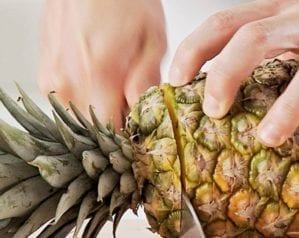 How to peel a fresh pineapple