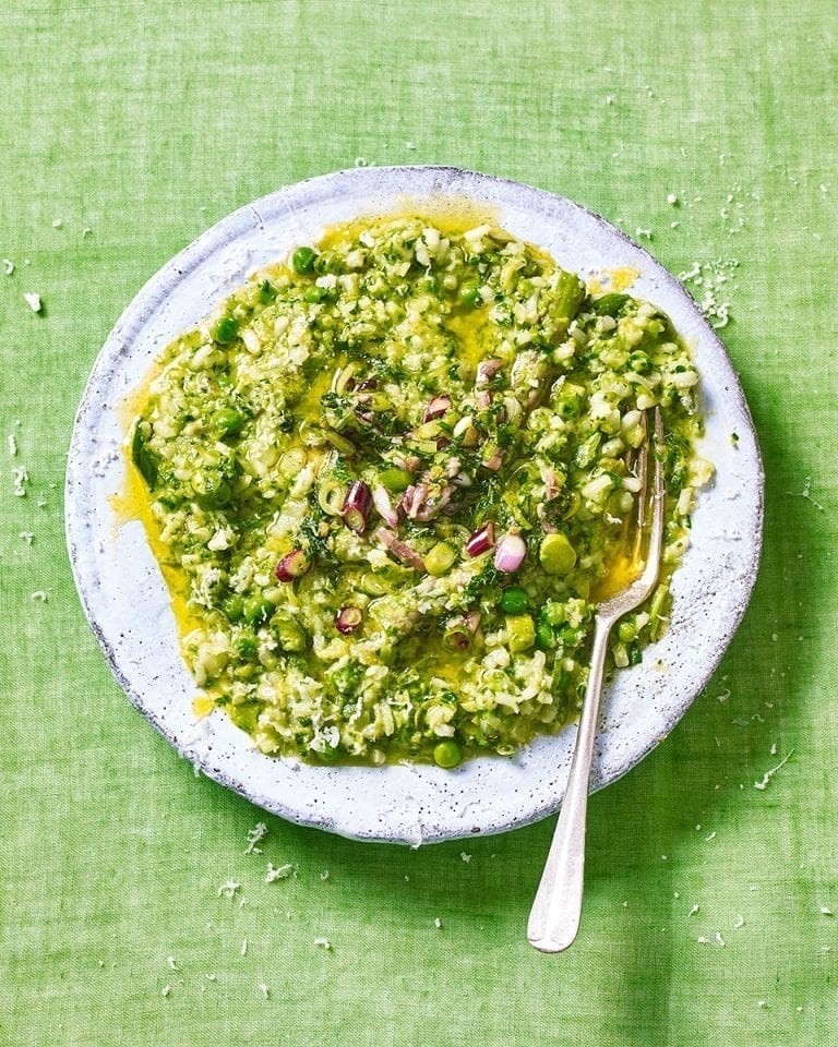 Asparagus, pea and mint risotto – video