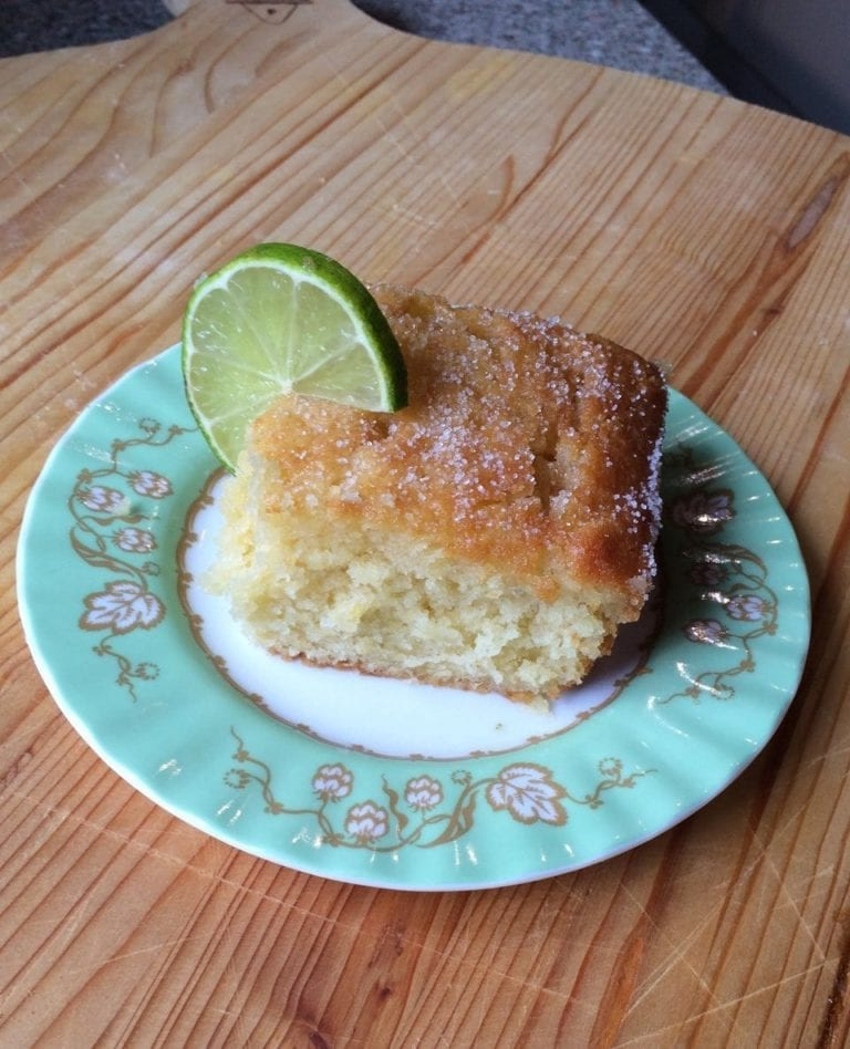 Who fancies a G&T… in a cake?