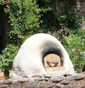 How to build a cob pizza oven