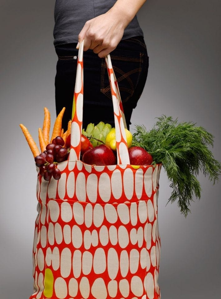 7 reusable bags to help you quit your plastic bag habit