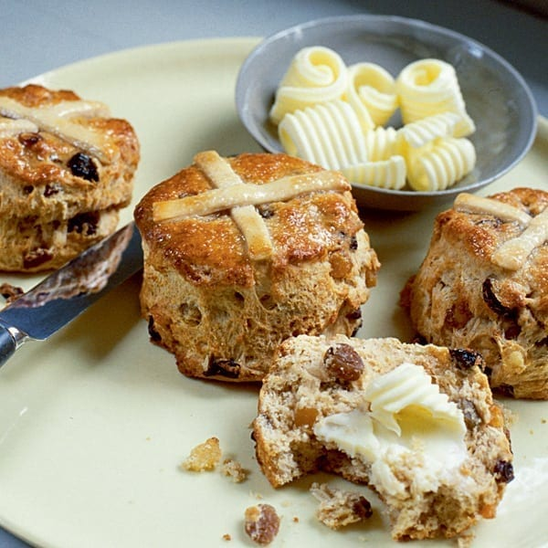 Hot cross scones