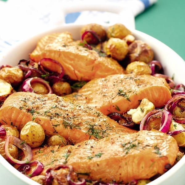 Dill-roasted salmon and new potatoes