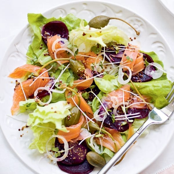Smoked salmon and beetroot carpaccio
