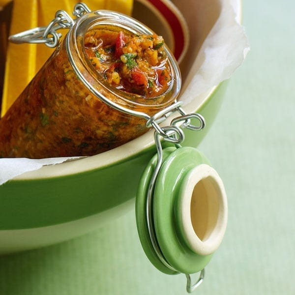 Tomato and chilli pesto