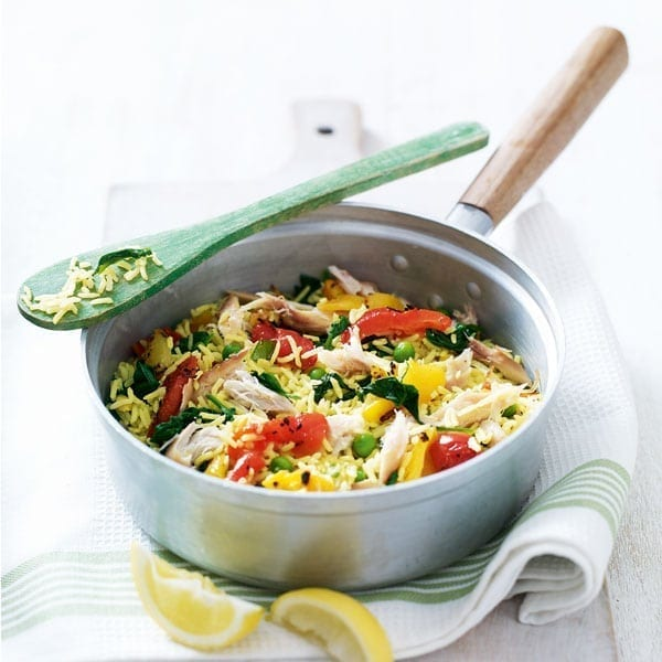 Cheat's smoked mackerel pilau