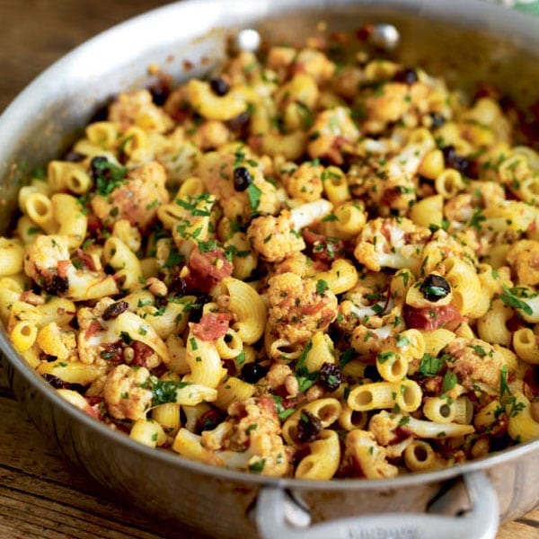 Sicilian-style pasta with cauliflower, currants, saffron and pine nuts