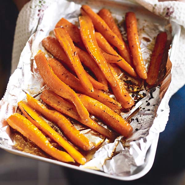 Roasted carrots with apple balsamic vinegar