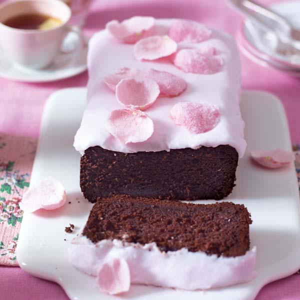 Lisa Faulkner's sticky chocolate loaf cake