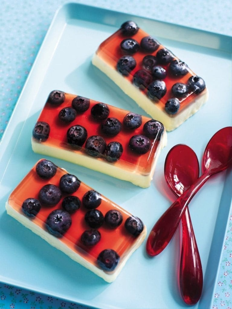 White chocolate and blueberry jelly creams
