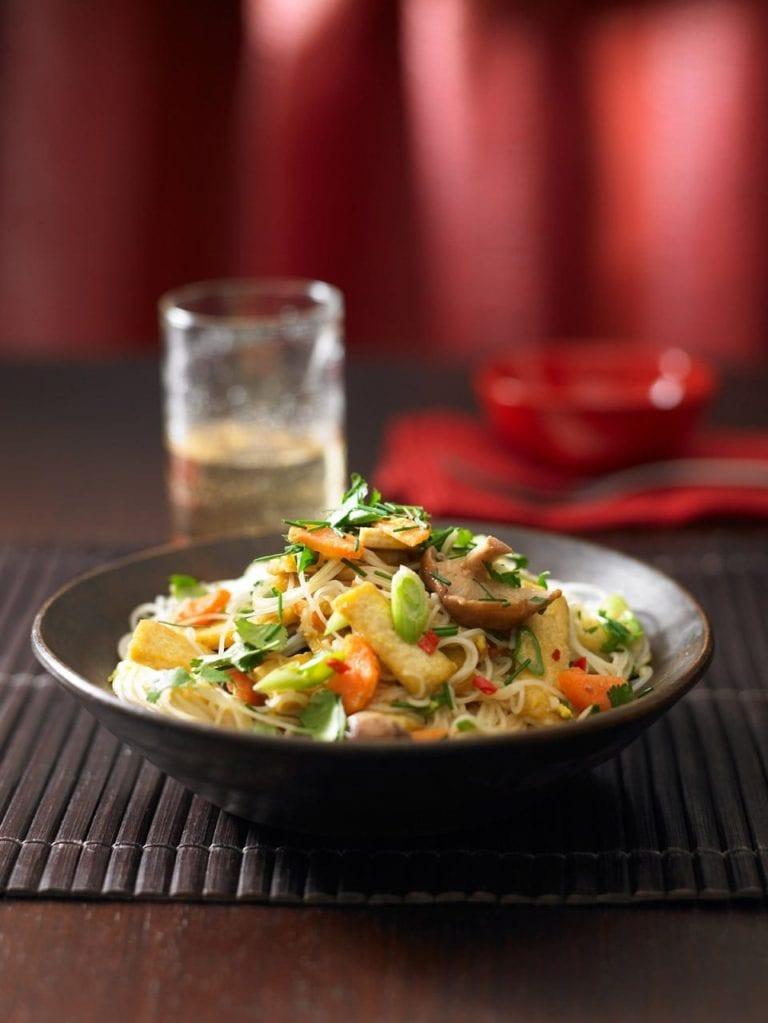 Tofu and mushroom pad Thai