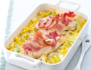 Chicken and creamy sweetcorn bake