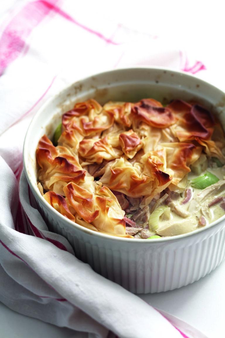 Chicken, ham and leek filo pie