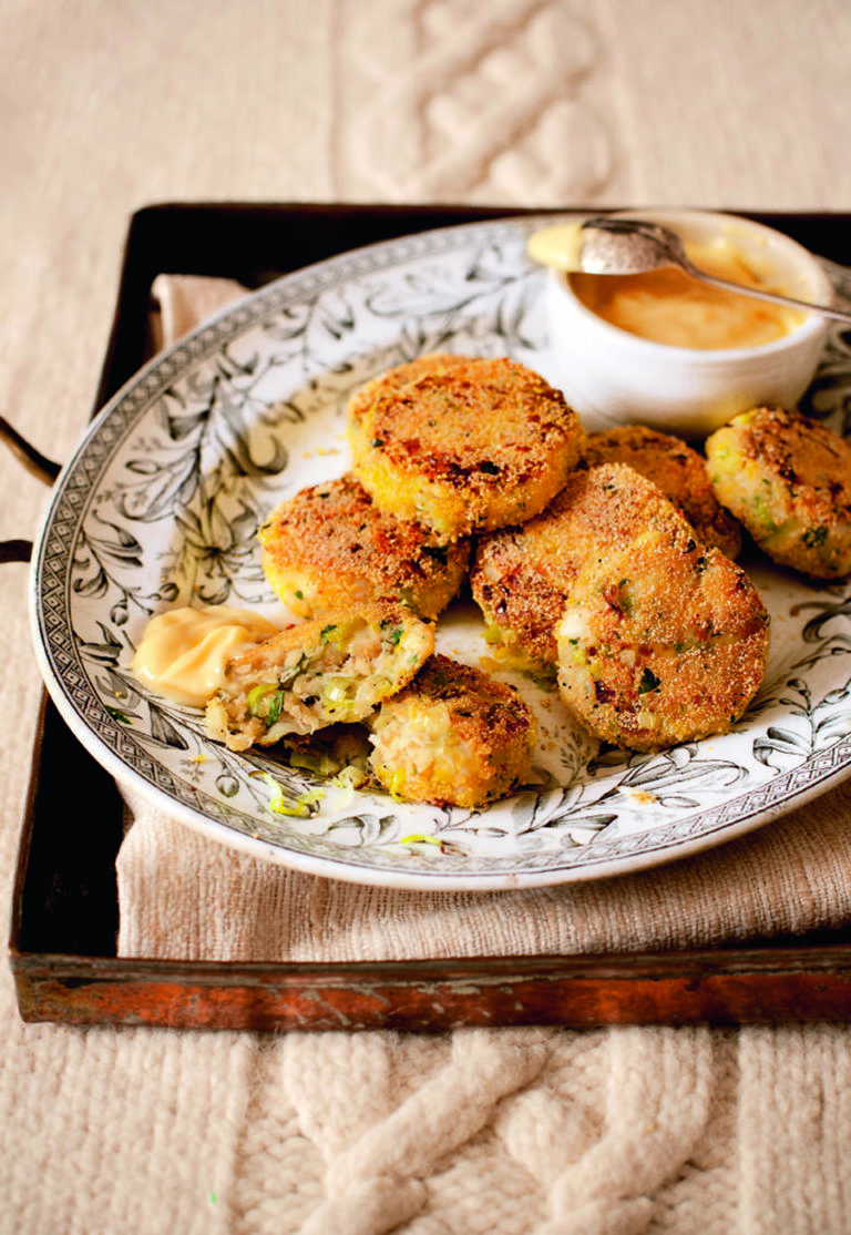 Crab and leek cakes